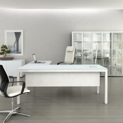 Executive desk with modesty panel Impuls