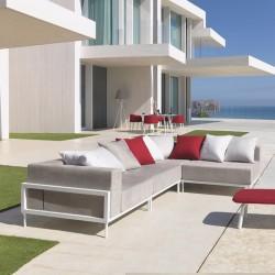 Modular outdoor sofa Cleo in aluminium and fabric