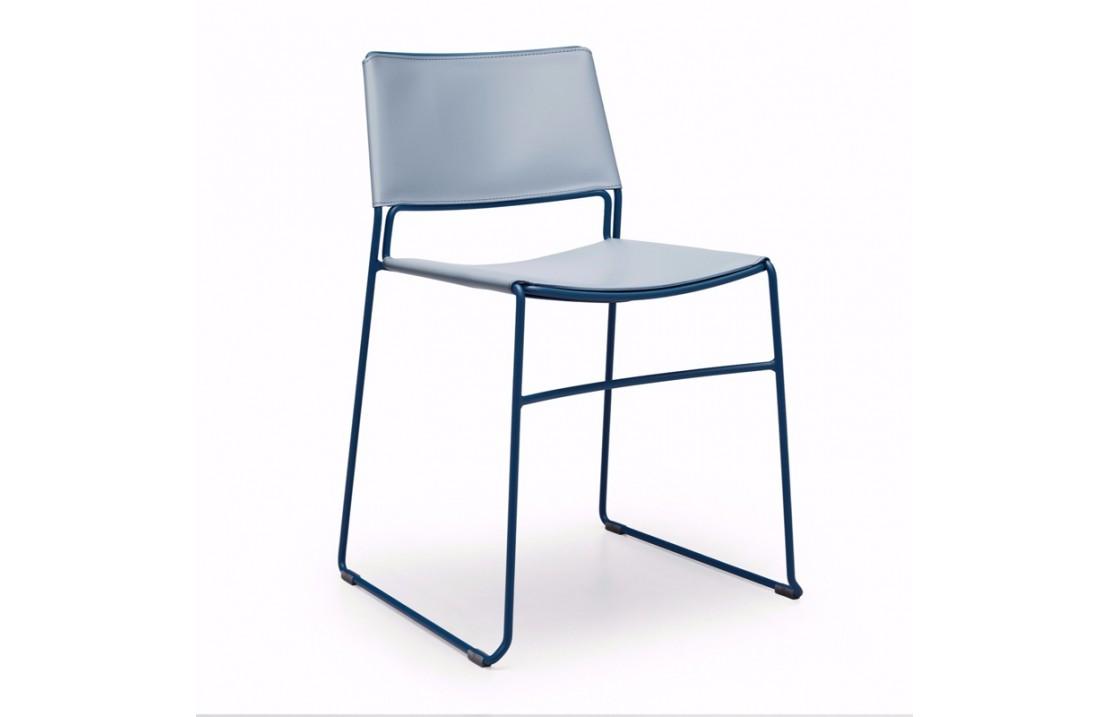 Sedia impilabile in cuoio - Slim