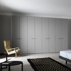 Hinged wardrobe with double...
