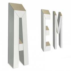Letteronza mirror with letter shape