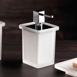 Soap dispenser in glass - Baio