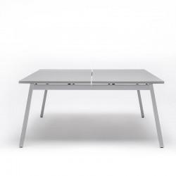 Dual-position operating desk - Ogi M