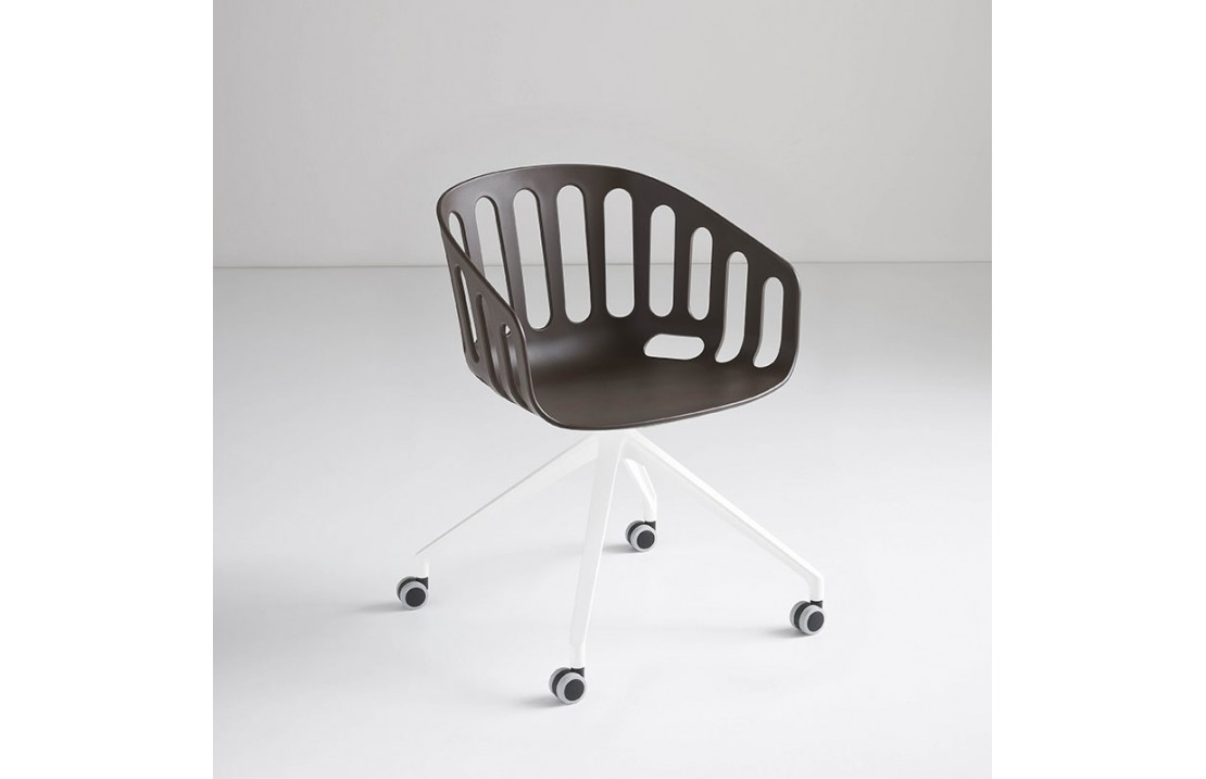 copy of Swivel chair on spokes - Basketball