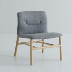 Sedia lounge con gambe in legno - Slot