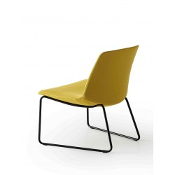 Lounge chair with sled legs - Kanvas