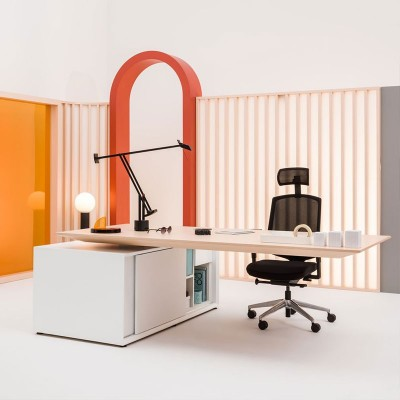 Executive desks | Office Furniture | ISA Project